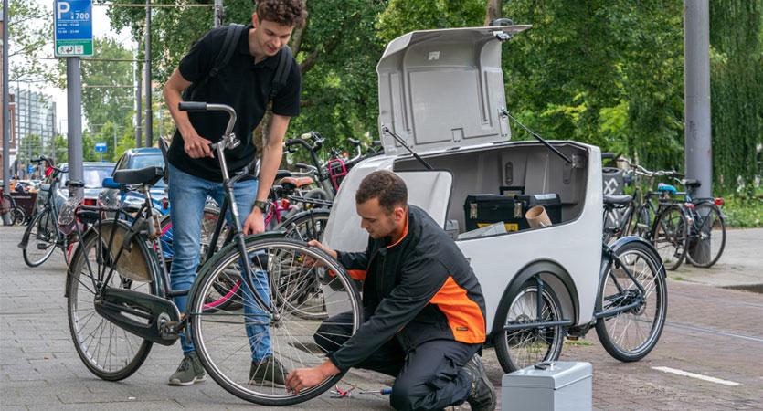 Delivery bike service technician